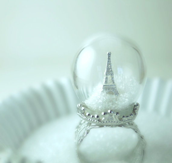 eiffel snow globe ring