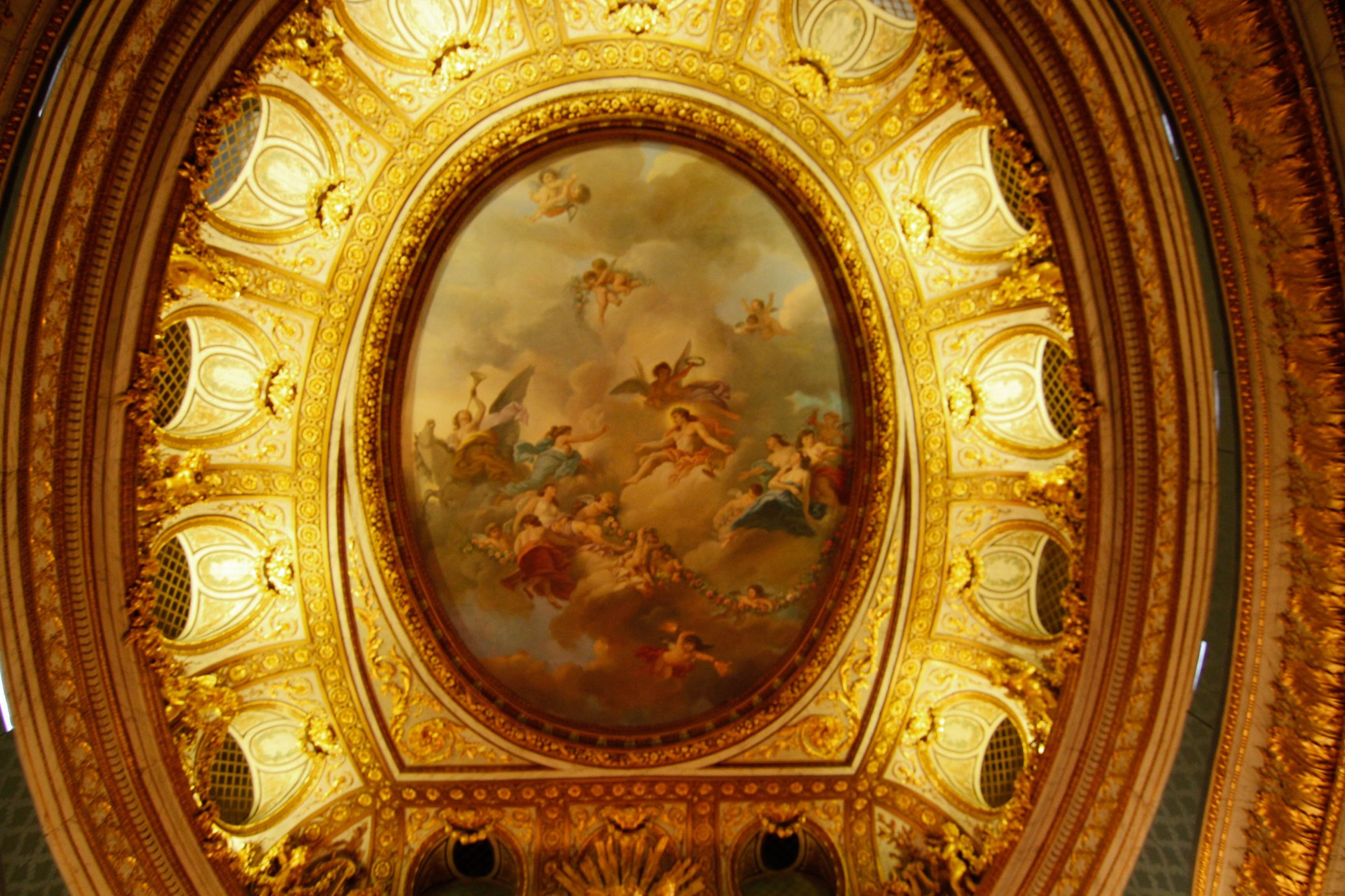 ceiling of Petit Trainon theater