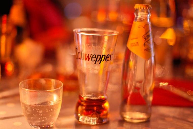 cognac avec du Schweppes