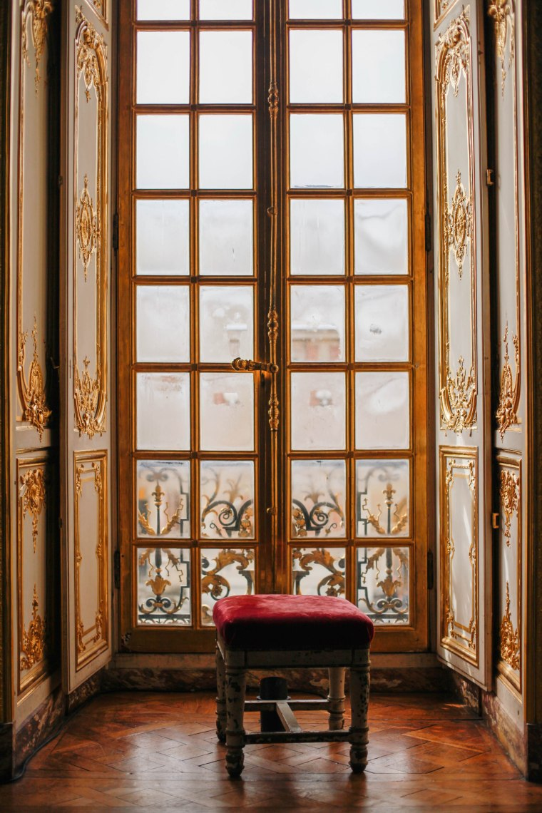 Versailles windows