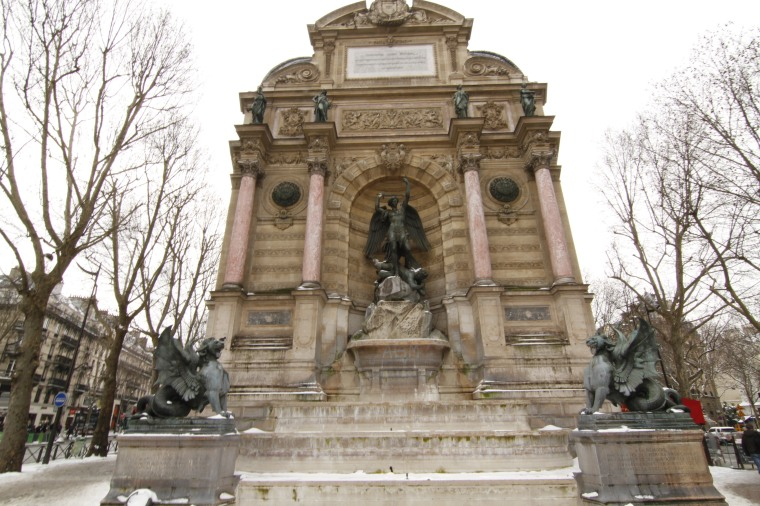 Fountain completed in 1860 and is part of Haussmann's aesthetic of grand boulevards with perspectives--each having an end point.
