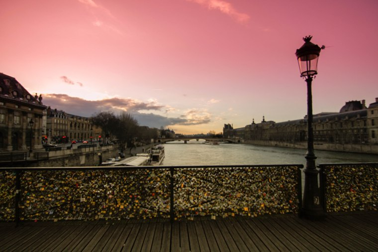 Pont des Arts Paris love lock bridge