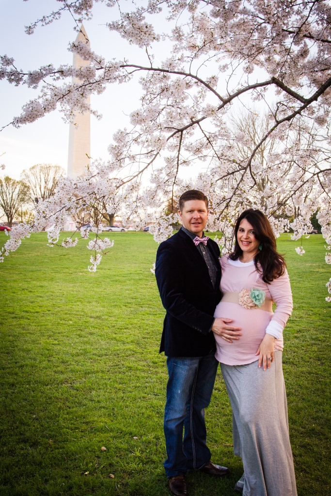maternity photoshoot DC cherry blossoms